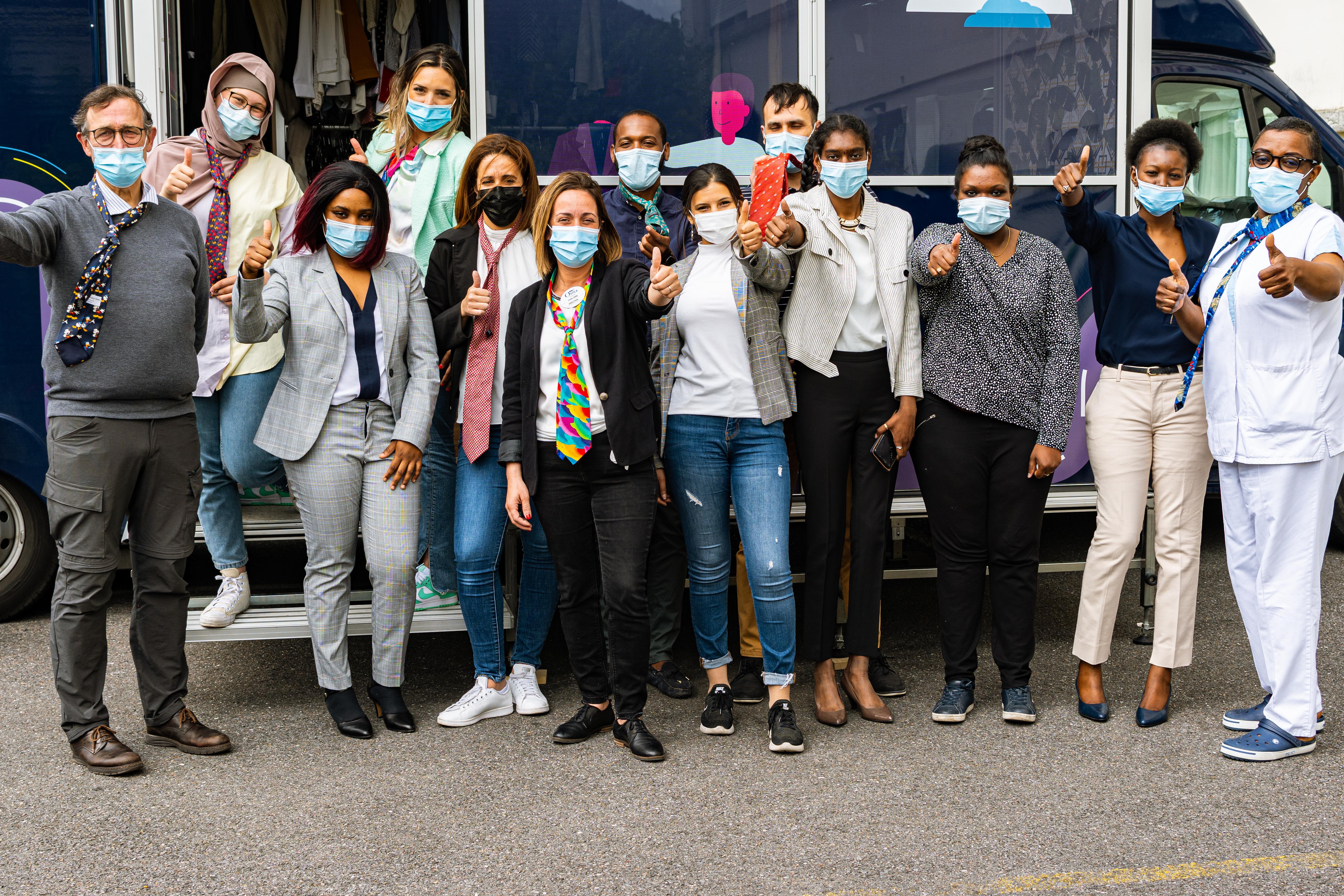 La Cravate Solidaire Mobile à la Résidence ORPEA Bellevue !